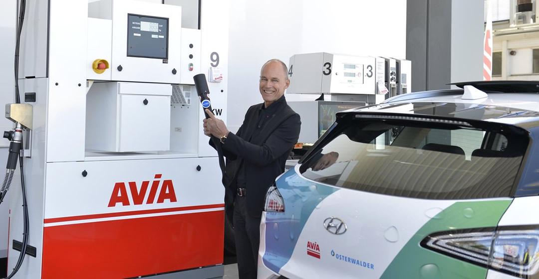 Erste Avia-Wasserstofftankstelle in der Schweiz eröffnet