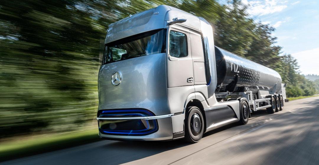 Linde und Daimler Truck AG kooperieren bei Betankungstechnologie für Flüssigwasserstoff