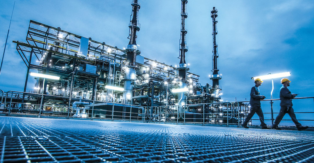 BASF und RWE verkünden Bau eines 2-GW-Windparks für Chemie- und Wasserstoffproduktion