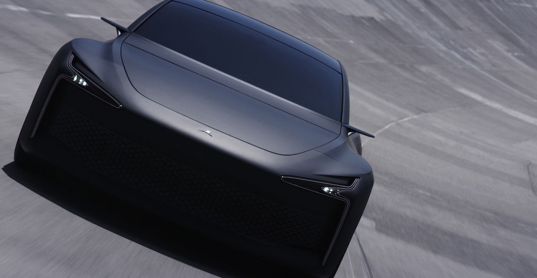 """Hopium stellt Prototyp seiner wasserstoffbetriebenen Limousine """"Māchina"""" vor"""
