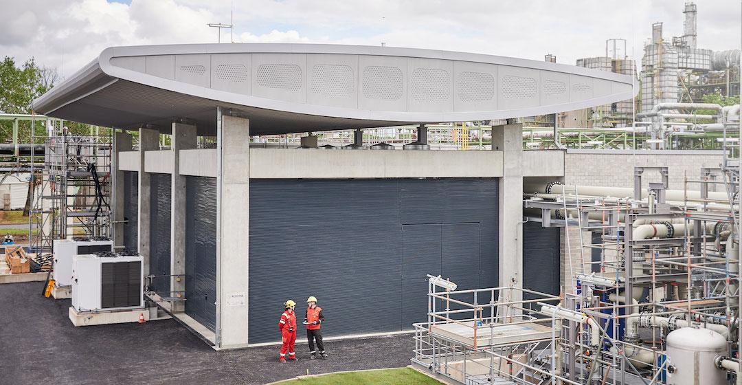 Shell startet PEM-Wasserstoff-Elektrolyse mit zehn Megawatt Leistung