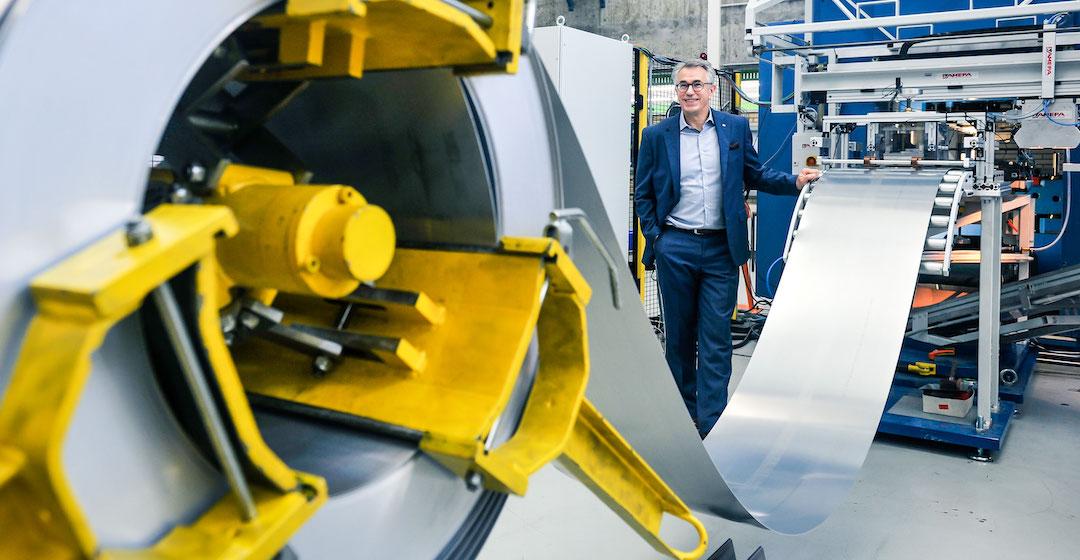 Uni Stuttgart beteiligt sich an der Verbesserung des Produktionsprozesses von Bipolarplatten